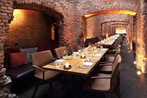east Restaurant