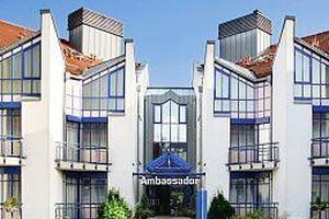 Vorschaubild Hotel Ambassador Grasbrunn
