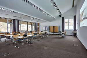 Tagungsraum Zugspitz: alle Räume verfügen über Tageslicht und Verdunklungsmöglichkeiten
