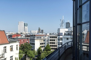 Aussicht von der Konferenzetage auf die Dächer der City West